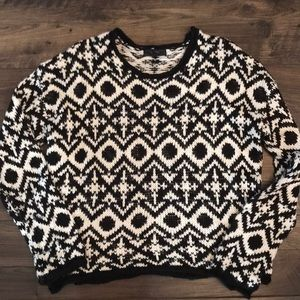 JESSICA SIMPSON SOFT SWEATER